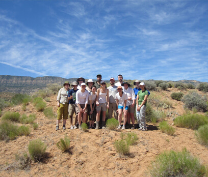 Quinn Emanuel's partners, associates and summer associates hiking together during the annual firm hike.